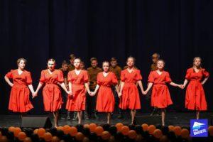 Танцы н военную тематику на конкурсе Дорогой Жизни в Санкт-Петербурге 2019